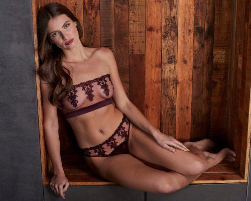 strapless_boudoir_bra_brief13853-500x400.jpg