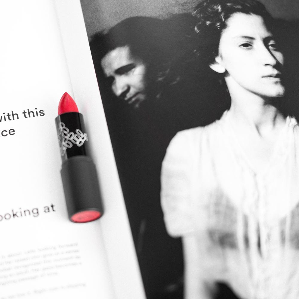 Théâtre Lipstick No8#ACRouge08Photo2FCAudreyBozzetto.jpg