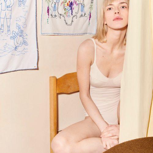 Zavi Body Old White#About-5916.jpg