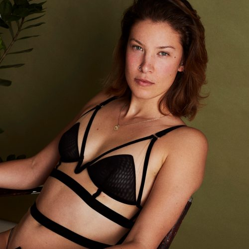 Break the glass ceiling - Longline Triangle Bra#191006_UNDERARGUMENT_IVY_922.jpg